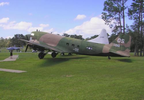 2005 FWB, FL Reunion - Museum - Spooky 43-010